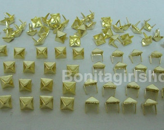 1000 PCS. 8.00 mm.  Gold Pyramid Studs