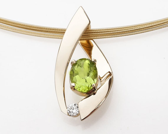14k gold jewelry - peridot pendant - diamonds - gold necklace - gemstone necklace - designer jewelry - 3413