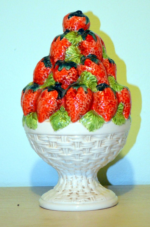 Vintage Decorative Ceramic Bowl of Strawberries - Hand Made in Italy Home Decor