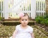 gracie . soft pink (fabric flower headband)