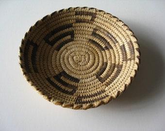 Native American Vintage Indian  Basket OLD weaving Hand Woven