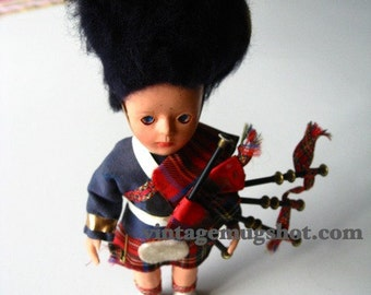 """Vintage CELLULOID DOLL  Very Old Scottish Bagpiper 7 1/2"""" Eyes Move Kilt"""
