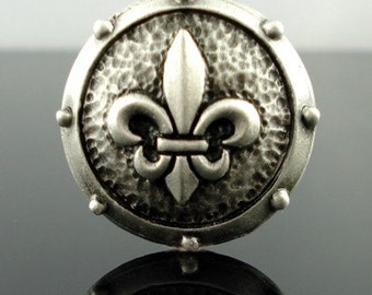 FLEUR DE LYS pewter button  - Antiqued Silver or Gold