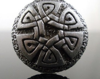 CELTIC KNOT pewter button- Antiqued Silver or Gold