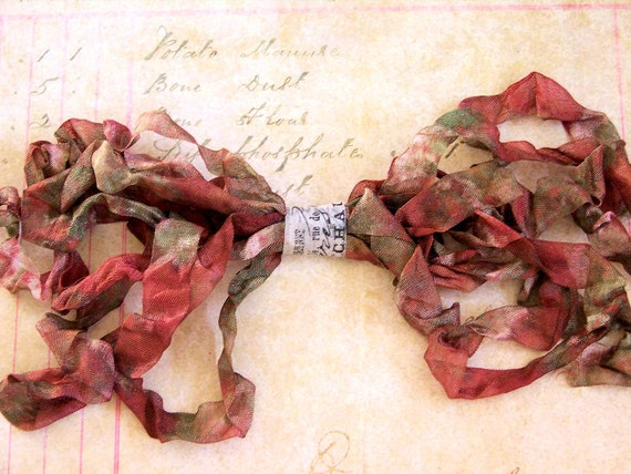 RUSTIC NOEL Crinkled Cottage Ribbon