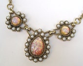 Vintage 60s Gold Sarah Coventry Shimmery Pink Opal and Pearl Designer Necklace