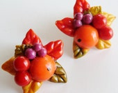 Vintage 40s Orange Celluloid Autumn Leaves Fruit Salad Novelty Clip Earrings