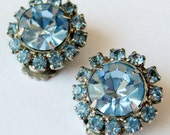 Vintage 50s 60s Sparkling Ice Blue Round Cut Rhinestone Clip Earrings