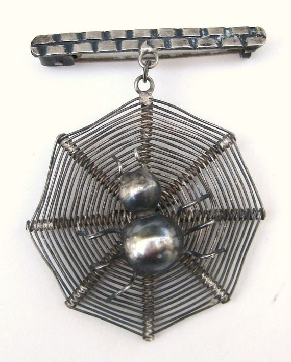 Vintage Victorian Sterling Silver Witchy SPIDER WEB Spooky Dangle Brooch Pin