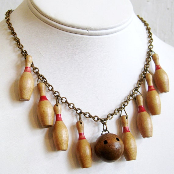 This Is How I Roll Vintage 40s Bowling Pin Lucky Strike Novelty Dangle Chain Link Charm Necklace