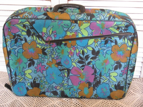 mod retro vintage flowered overnight tote luggage outside zippered pocket