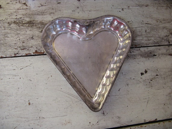 metal heart tin 8 1/4 inches  cake, tart or to hang on wall weddings rustic country