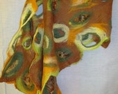 """Handfelted scarf  """"Falling leaves"""""""