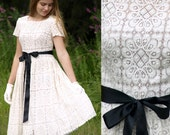 MADE TO ORDER Vintage 50s-style cotton lace cream scalloped wedding bridesmaid formal dress