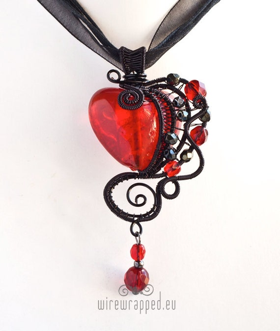 OOAK Red and black gothic heart wire wrapped pendant