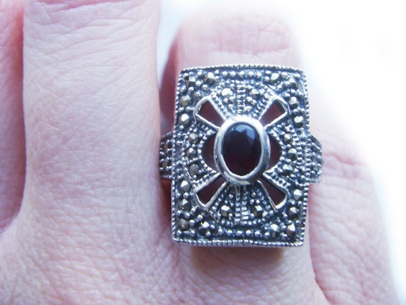 Vintage Victorian Gothic Red Garnet Sterling Silver Marcasite Cocktail Estate Ring January Birthstone
