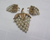 Vintage Crown Trifari Faux Pearl Grape Bunch Brooch and Ciip Earrings