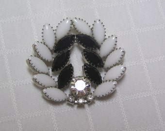 Vintage white marquis cut glass stones and black marquis cut and round rhinestone prong set brooch