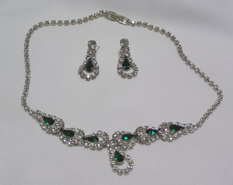 Vintage..emerald green pear shaped with sparkling clear rhinestone necklace and pierced earrings
