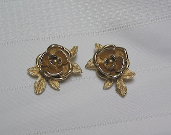 Vintage Sarah Coventry Gold tone Rose Clip Earrings