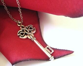 Antique Skeleton Key Necklace Silver Vintage Key Jewelry