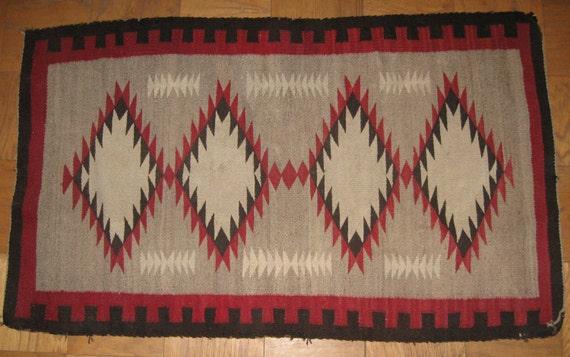 Navajo Antique / Vintage Rug