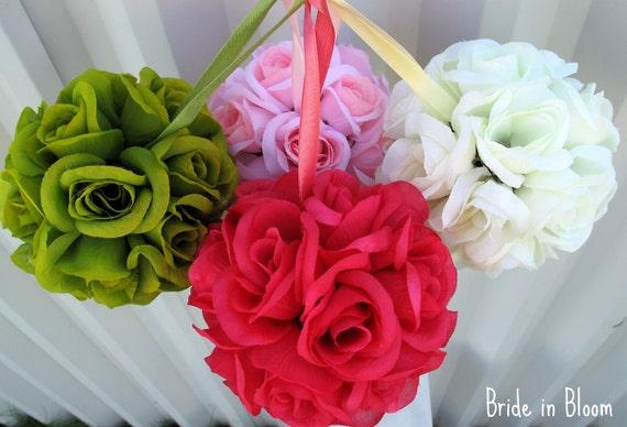 Flower girl wedding pomander kissing ball Wedding flower ball decoration