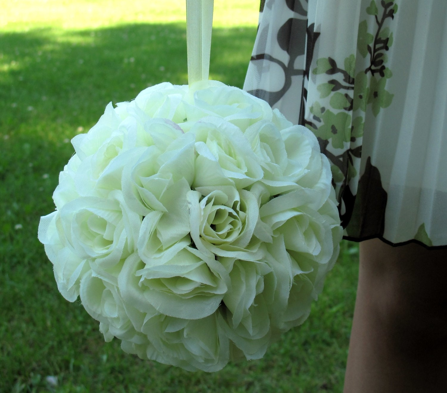 Pomander Flower Girl Kissing Ball Rose