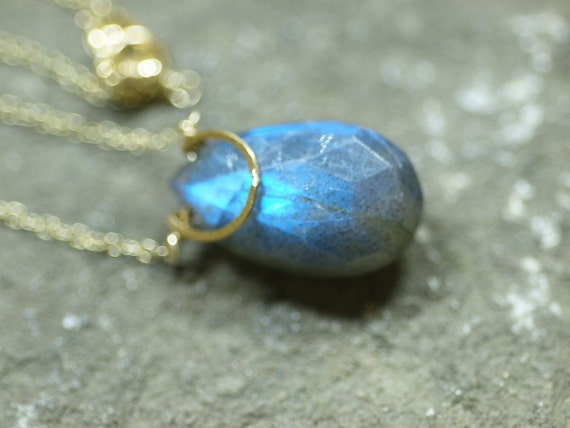 Magnificent pear shaped Labradorite 14k gold filled necklace