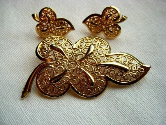 Retro Gold Filigree Pin and Earring Set