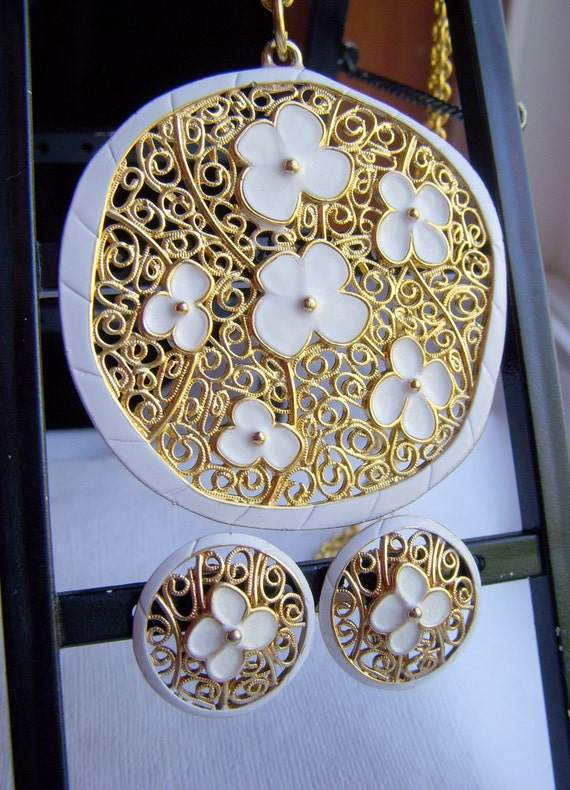 hold for junko - Gold Filigree and White Enamel Pendant Necklace and Earrings