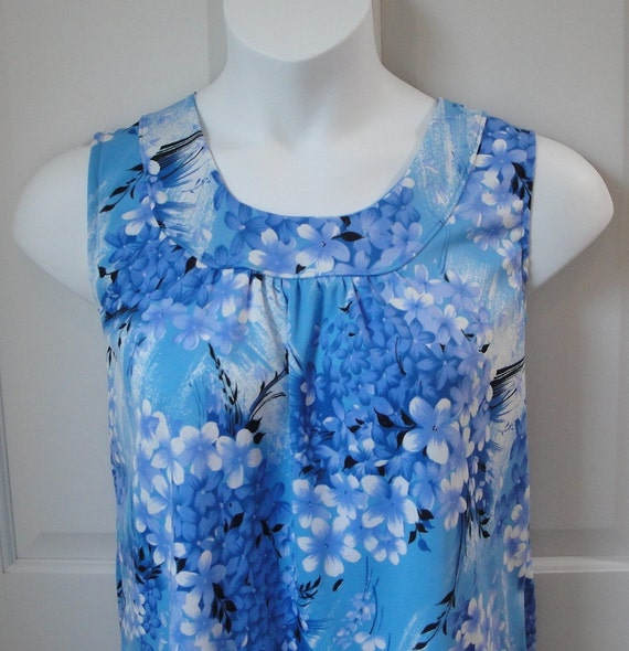 L - Breastfeeding Shirt / Post Surgery Clothing / Breast Cancer / Shoulder Surgery / Special Needs - Hospice,  Elderly, Stroke - Style Sara