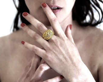 Big Bee Hive Ring, Honeycomb ring, 9k yellow gold ring, Organic jewelry, Bee ring, contemporary jewelry, unique design, Gold Chunky Ring