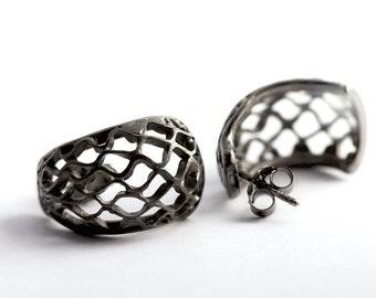 Contemporary earring design, black silver Silver, modern jewelry design
