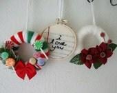 Yarn Wreaths Mini with Embroidered Mini Hoop Ornaments