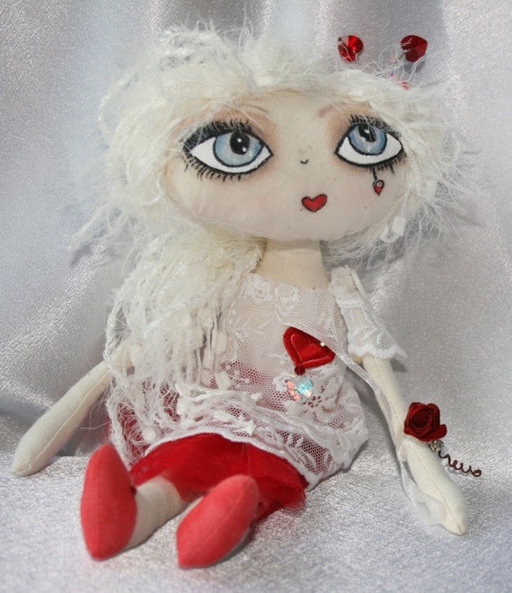 "Doll - Cloth Art Rag Doll - ""Valentina"""