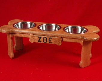 Elevated Dog Feeder Bowl 9 Inch 2 Quart Solid Oak, FREE NAME and STAIN