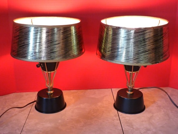 Pair of Vintage Mid-Century Golden Swirl Night Stand/Dresser Lamps