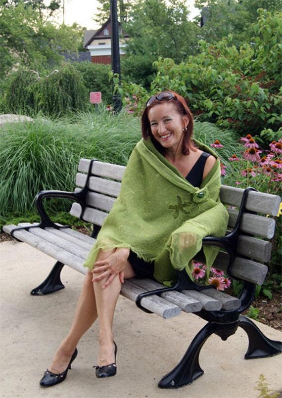 Green Summer Flowers Shawl