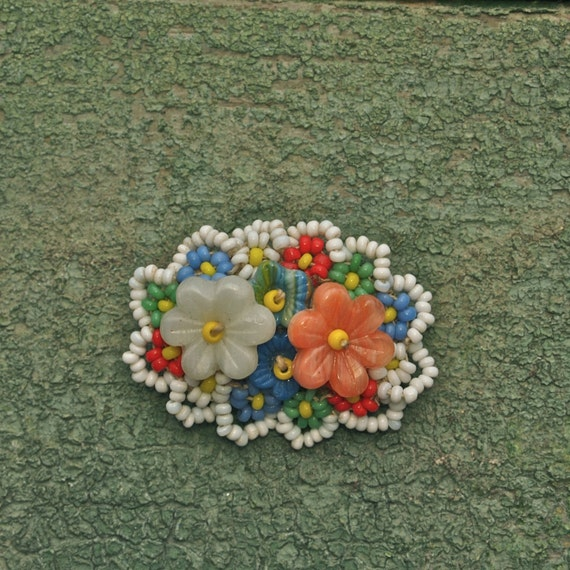 Lovely Czech Floral Glass Bead Oval 1920's/30's Brooch