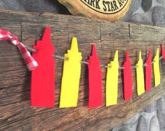 What Up Dog---A Decorative Ketchup and Mustard Felt Banner for the Summertime