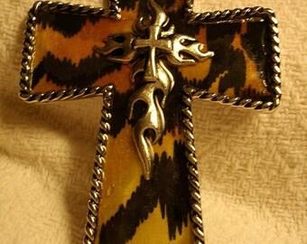 Tiger Print Western Saddle Cross