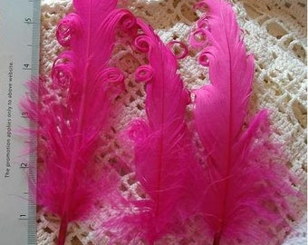 3 Loose Nagorie Feathers - Hot Pink