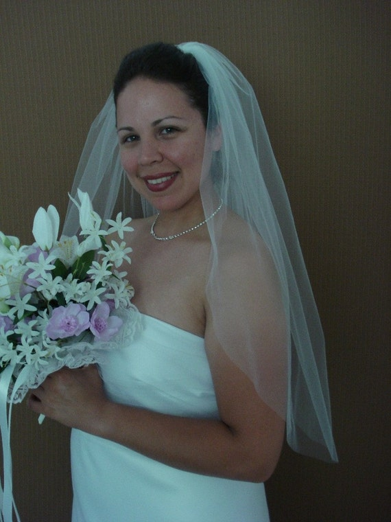 Elbow/Waist Length One Tier Bridal Veil, Plain Cut Edge in Ivory or White - READY TO SHIP in 3-5 Days
