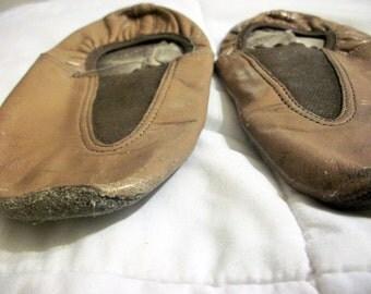 Vintage kids tan jazz shoes