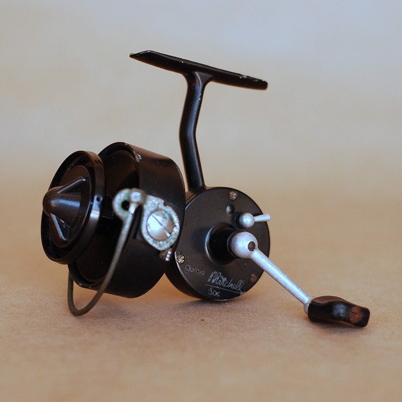 Vintage garcia mitchell 304 spinning reel 1960s for Old mitchell fishing reels