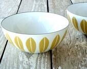 vintage catherineholm bowl...yellow lotus pattern