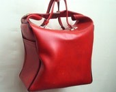 Red vinyl 1960s holdall carry case