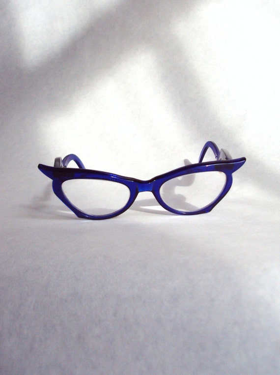 Electric blue 1950s cat eye lucite spectacles