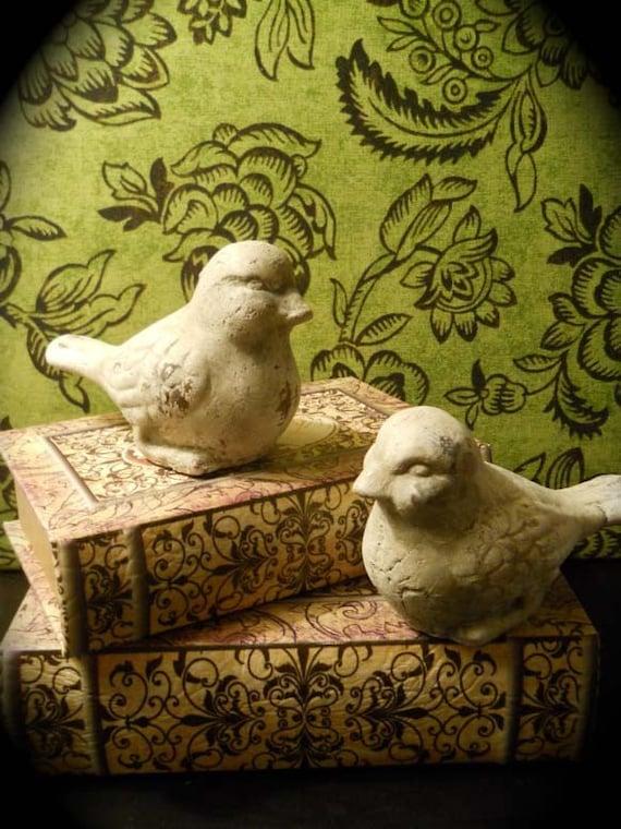 Shabby Chic Vintage Stone Birds - Set of 2